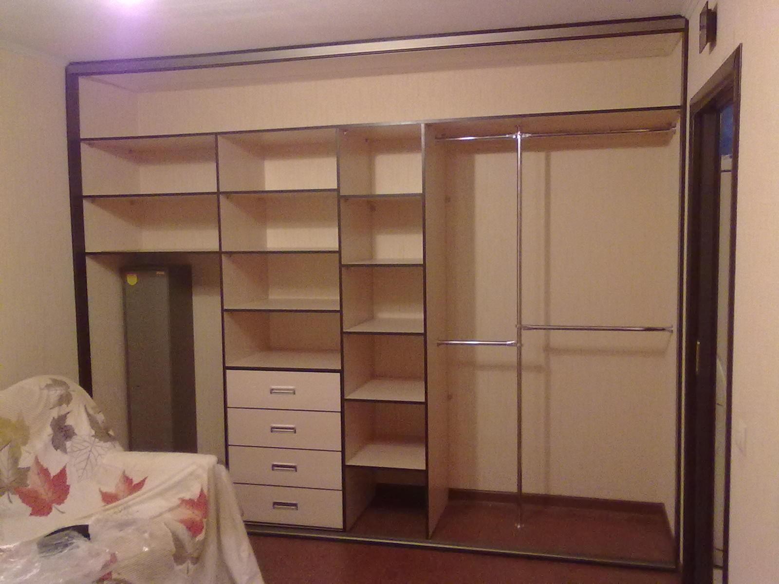 Шкафы-купе в спальню фото внутри с размерами своими руками